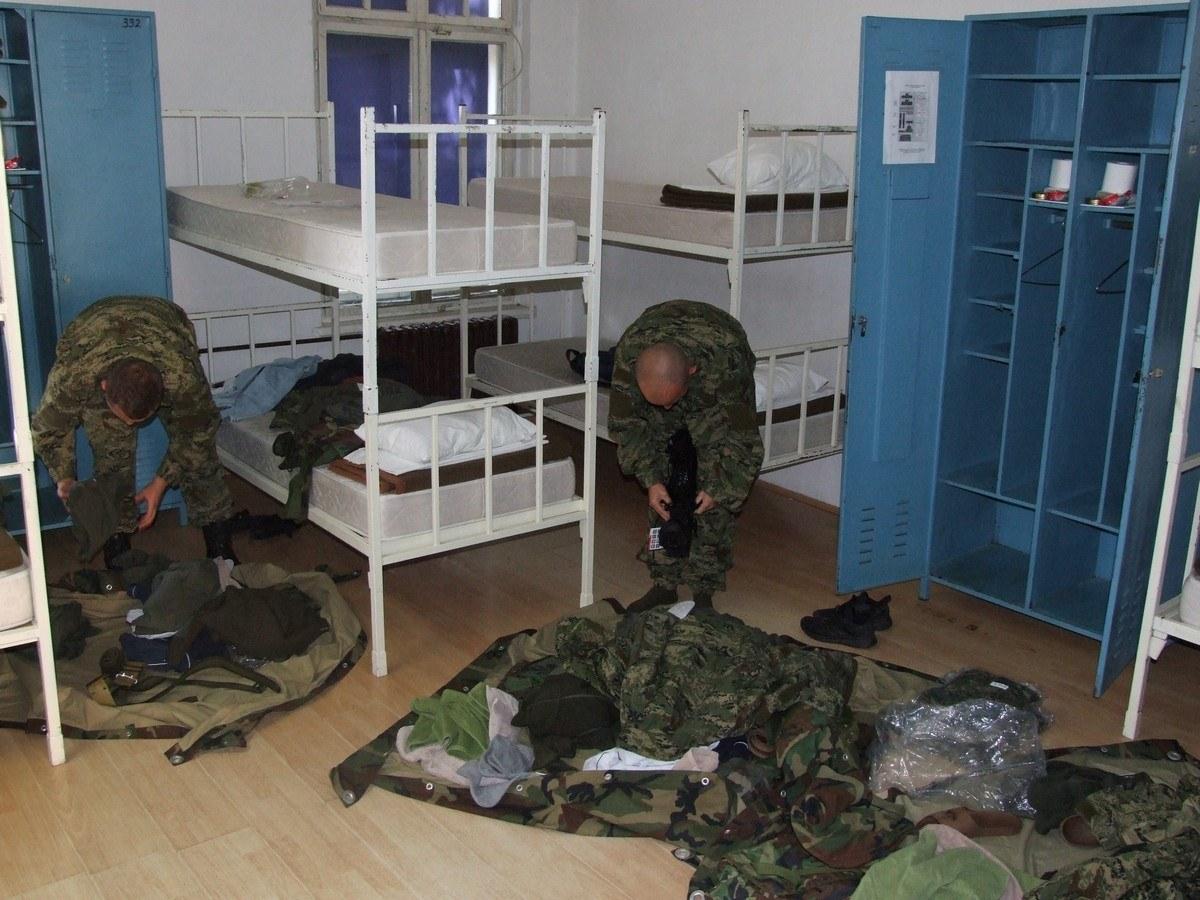 Počele obuke ročnika na dragovoljnom vojnom osposobljavanju i vojnih specijalista zrakoplovnih tehničara u Požegi | Foto: HV