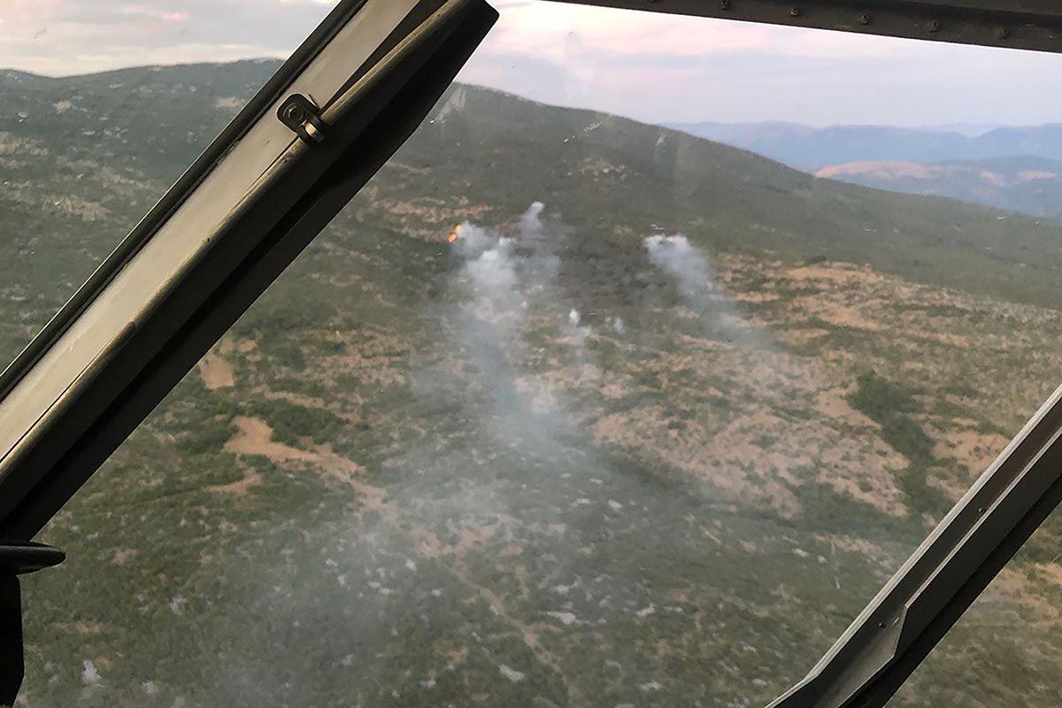 Canadairi i danas gase požar kod Knina