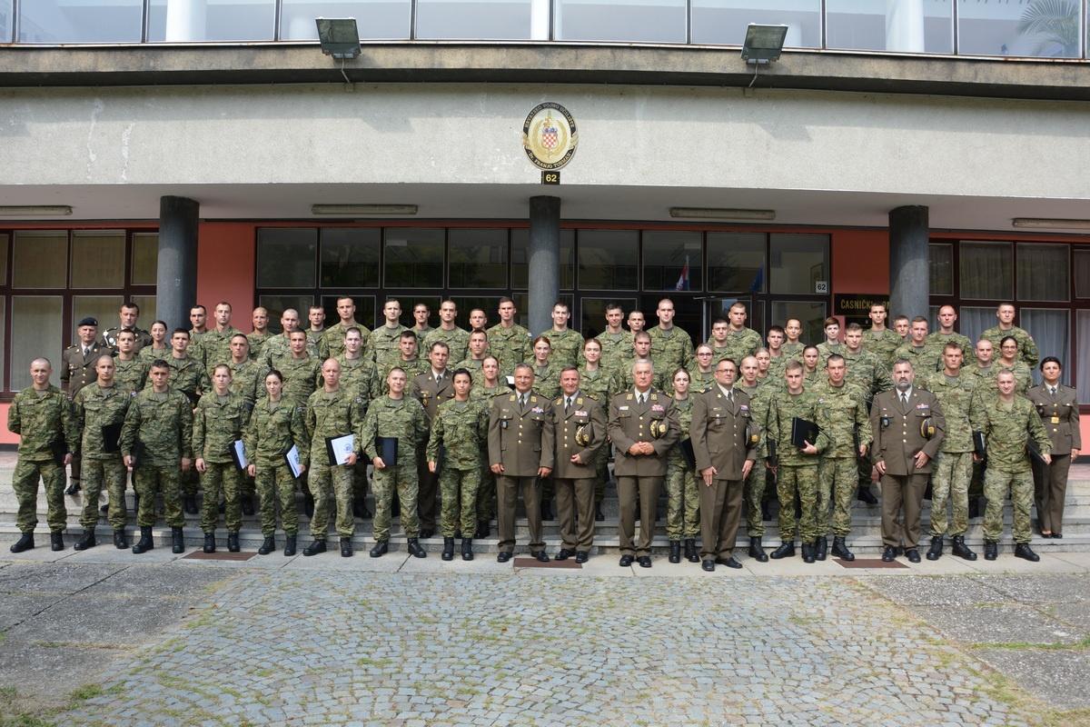 Dodjela činova kadetima Hrvatskog vojnog učilišta