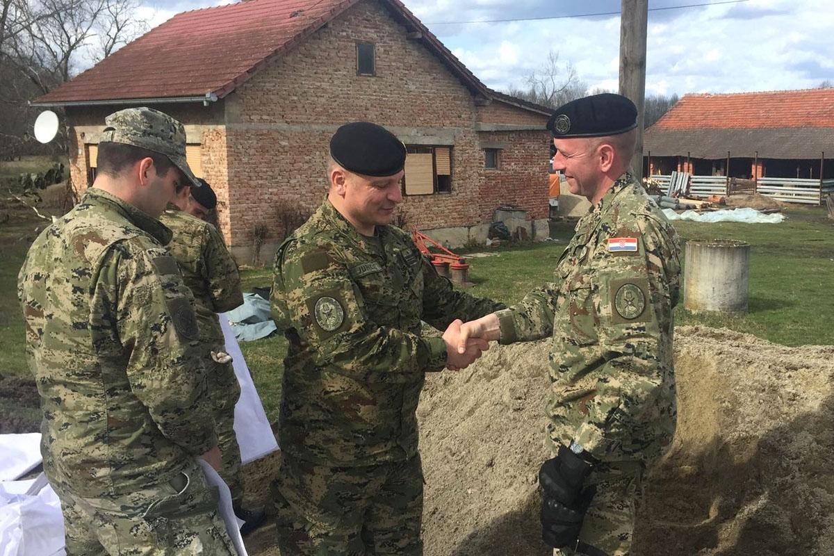 General Jurković na sjednici Kriznog stožera u Jasenovcu