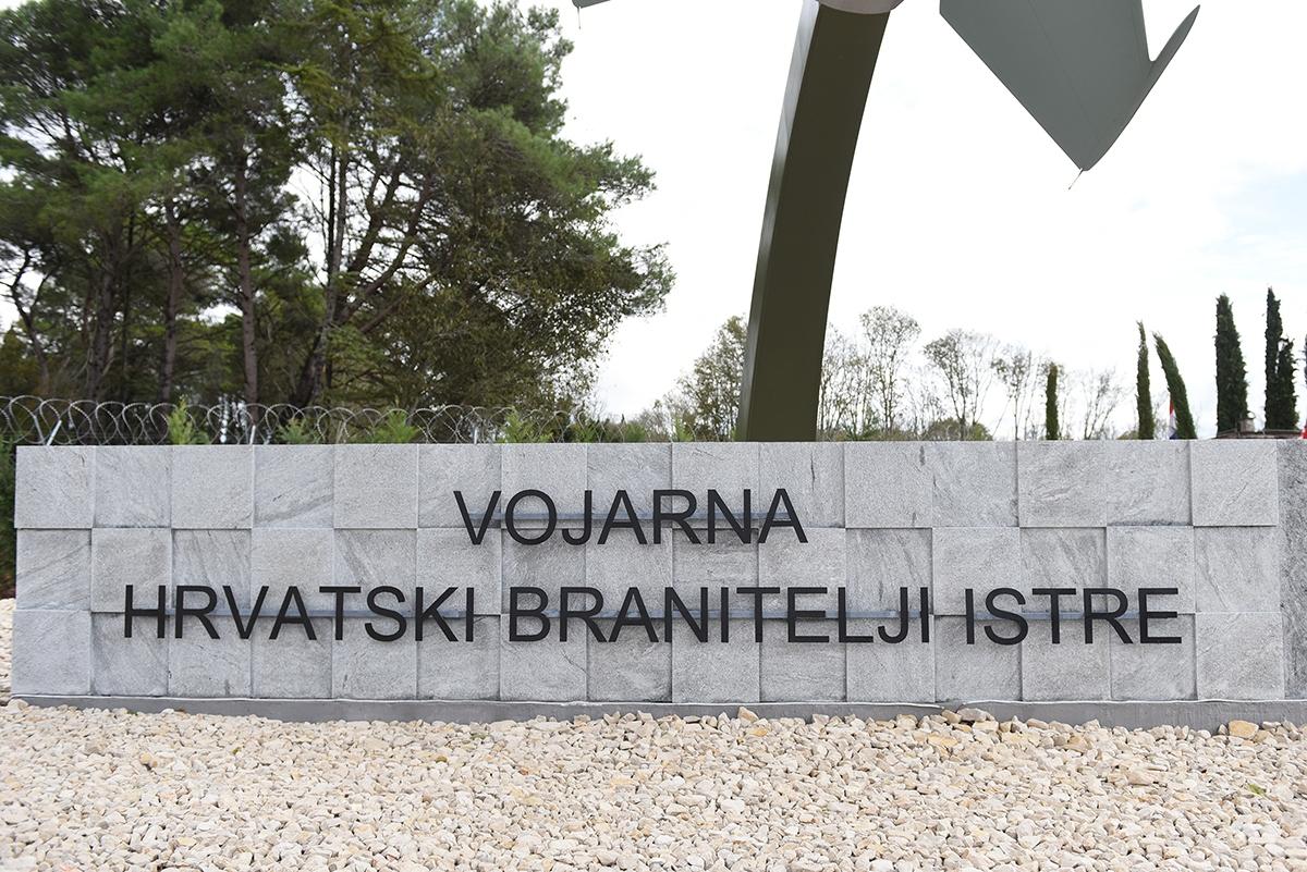Hrvatska vojska stigla u Pulu