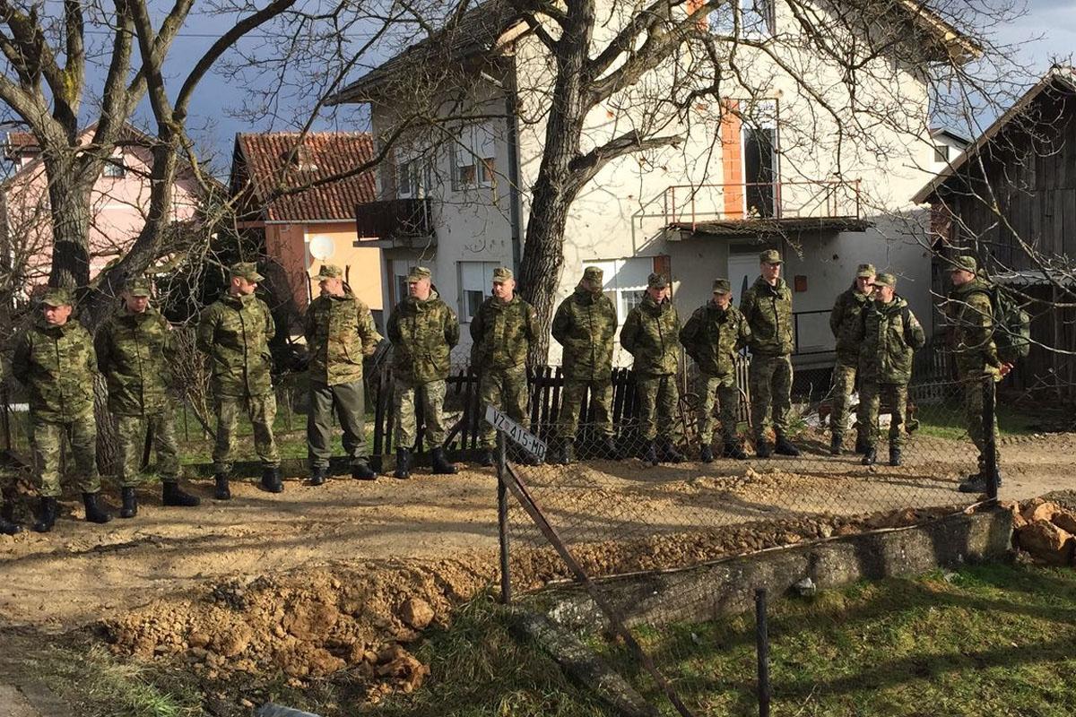 Hrvatska vojska upućena u pomoć u obrani od poplava u okolici Karlovca