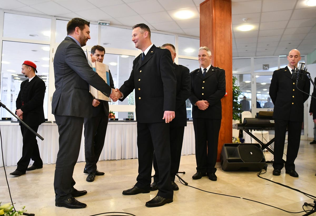 Klapa sv.Juraj HRM-a dobitnik godišnje nagrade grada Kaštela