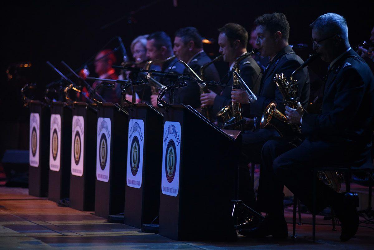 """Koncert Jazz orkestra Hrvatske vojske """"Zapjevajmo zajedno"""" u Lisinskom"""