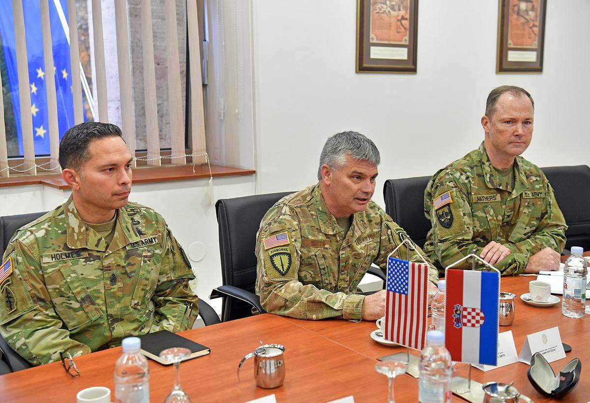 Zapovjednik Zapovjedništva specijalnih snaga SAD-a za Europu general Smith u posjetu MORH-u i OSRH   Foto: MORH / T. Brandt