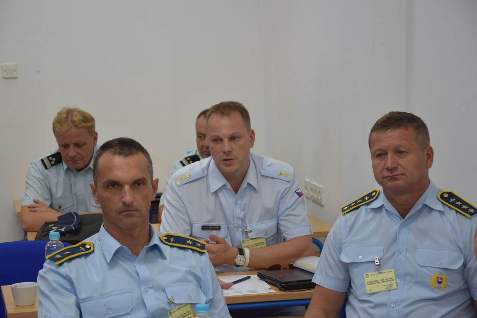 Međunarodni sastanak stručnjaka za vojni zračni promet u Zemuniku