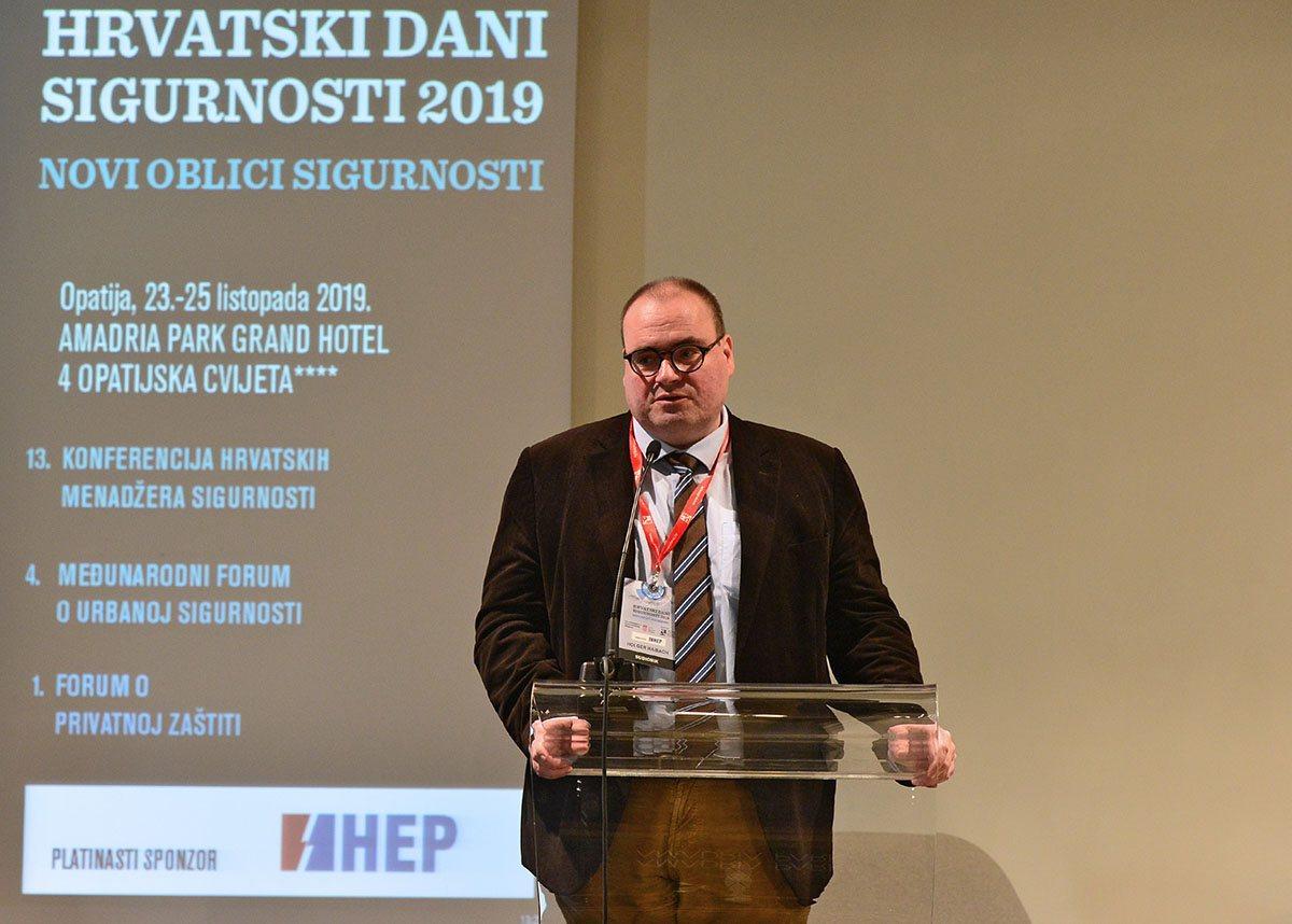 Ministar Krstičević na Hrvatskim danima sigurnosti