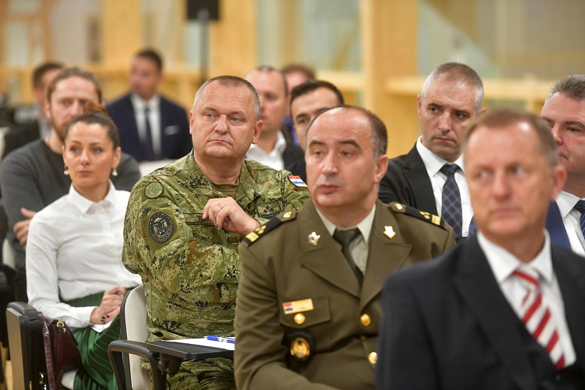 Ministar Krstičević na Hrvatsko-Američkom obrambenom forumu