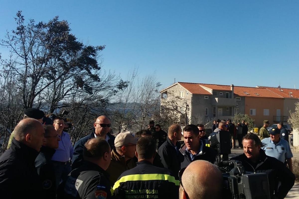 Ministar Krstičević održao sastanak županijskog vatrogasnog stožera