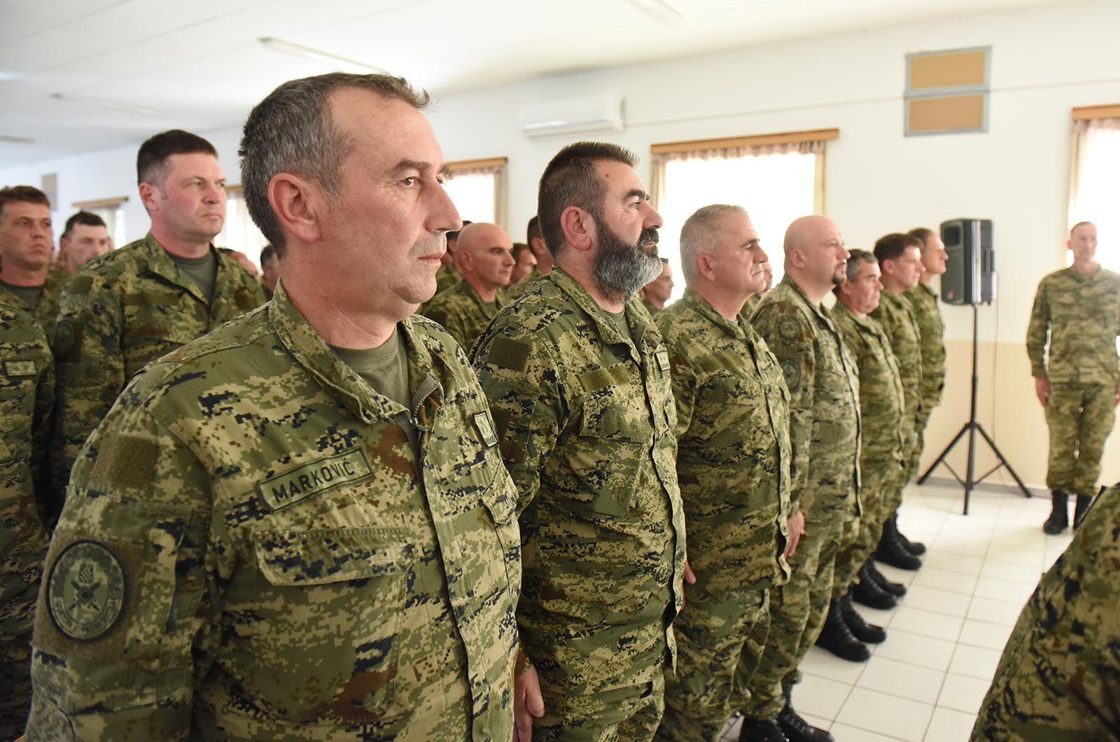Ministar Krstičević posjetio pričuvnike Hrvatske vojske na obuci