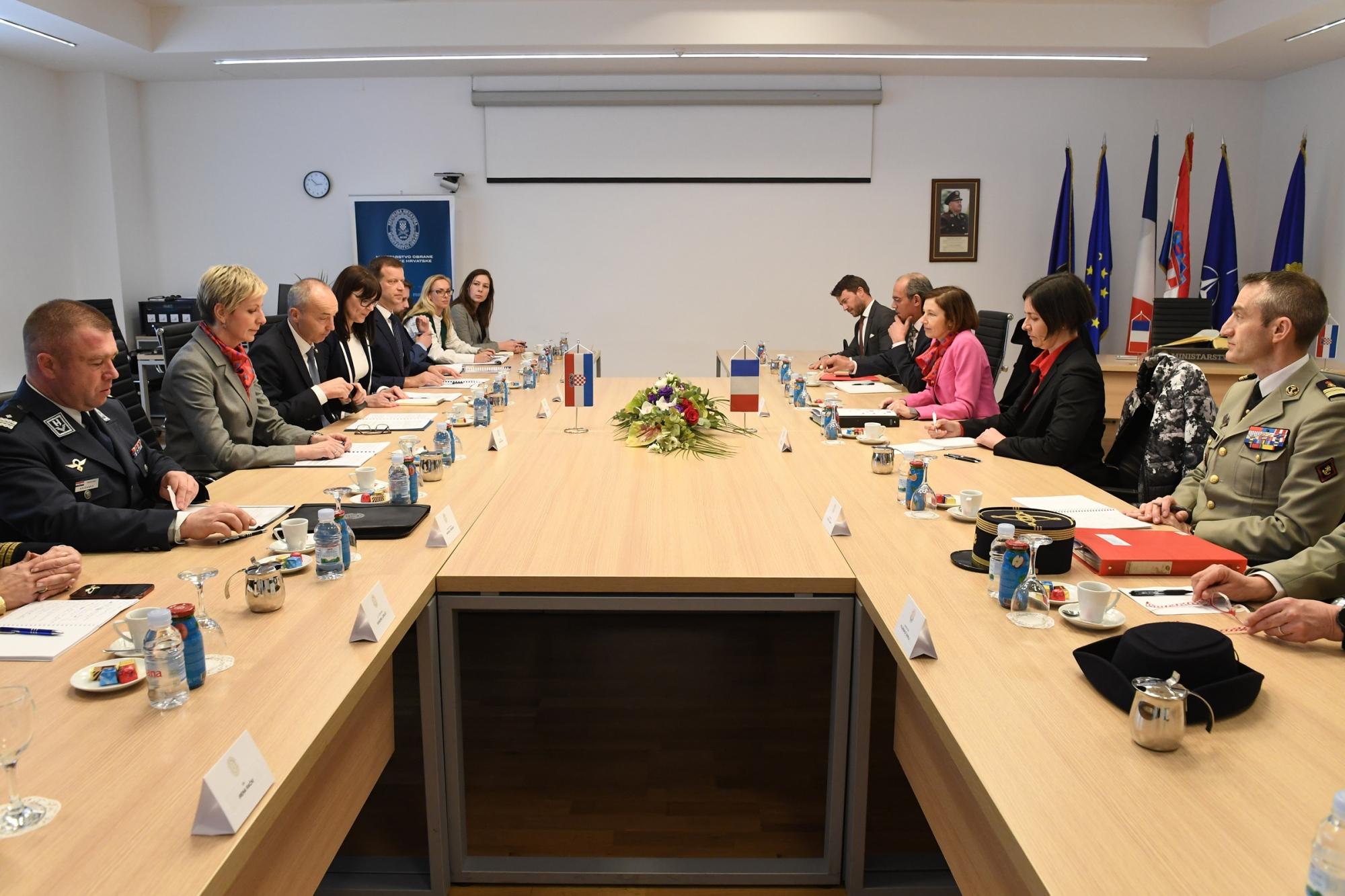 Ministar Krstičević sa francuskom ministricom Parly u MORH-u | Foto: MORH / J. Kopi