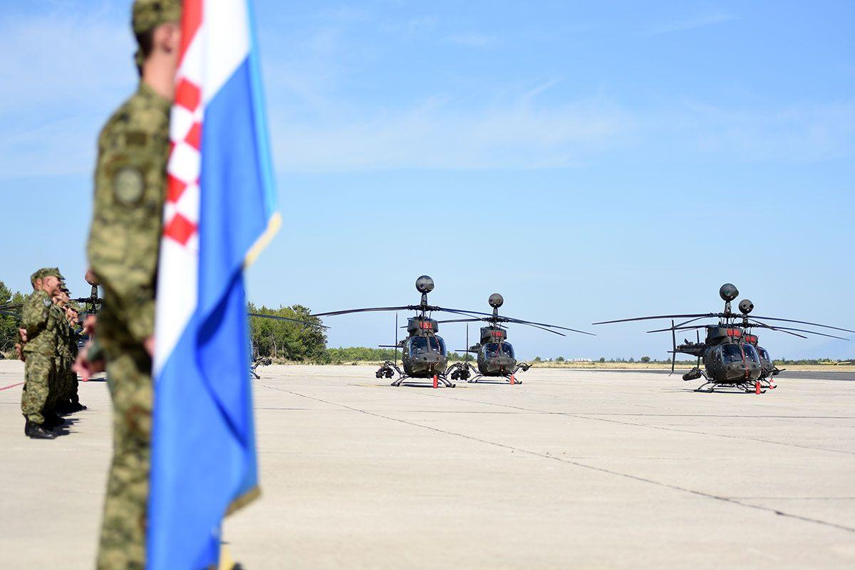Obilježen završetak obuke novih pilota helikoptera OH-58D Kiowa Warrior