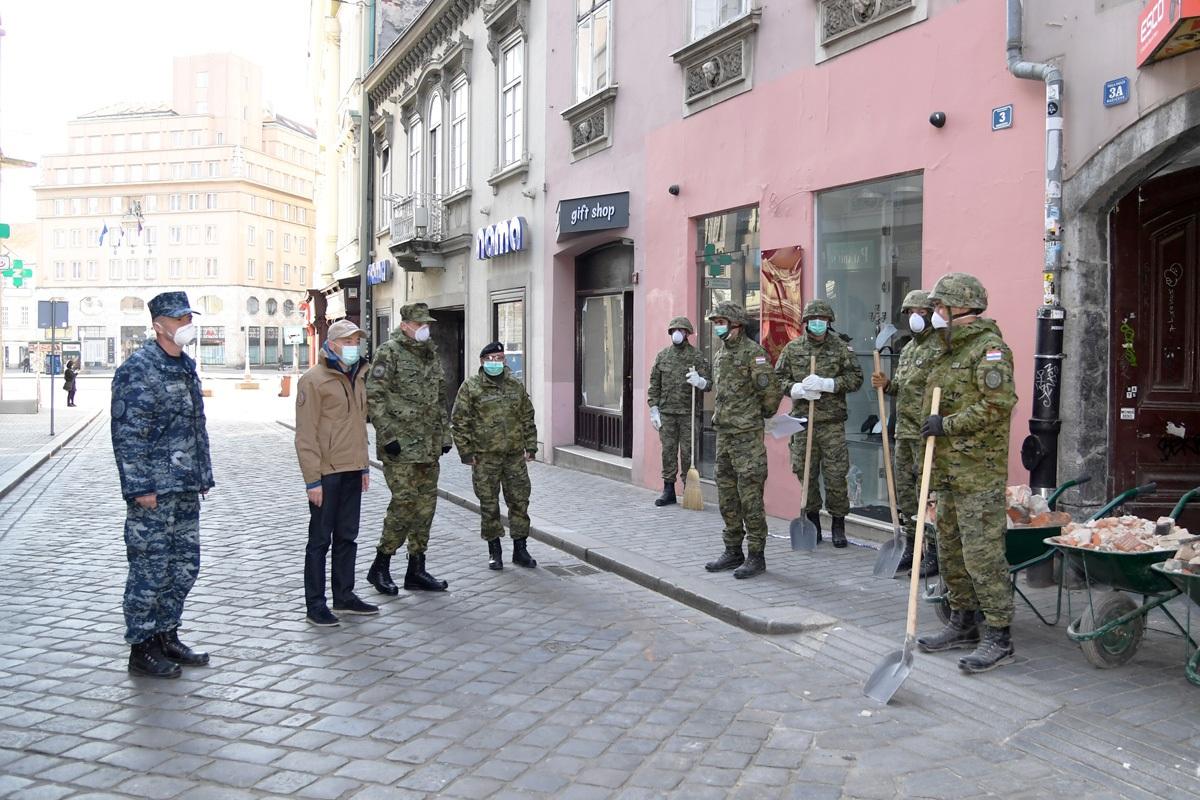 Od ranih jutarnjih sati 150 vojnika nastavlja pomagati Zagrebu