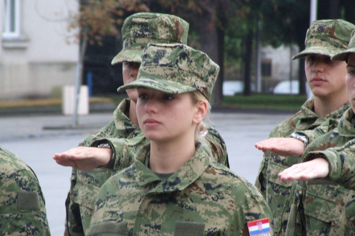 Održana prisega ročnika kandidata za vojne specijaliste zrakoplovne tehničare