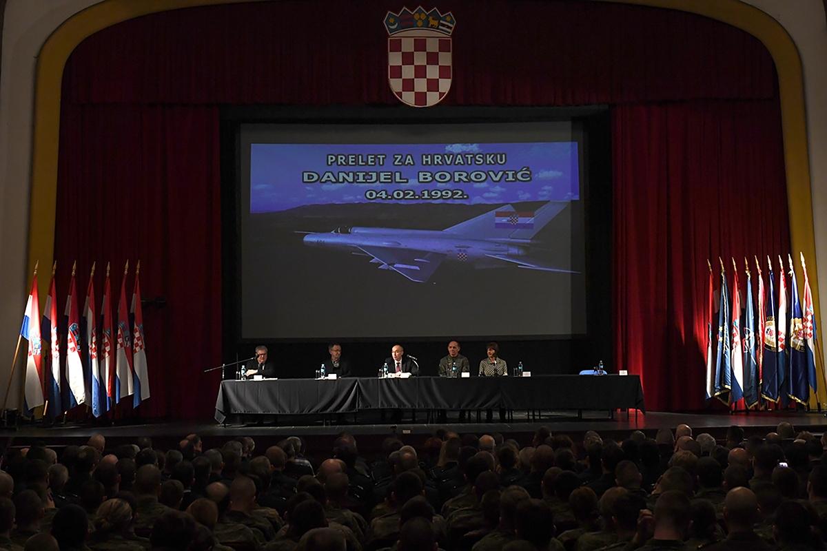 """Održana promocije knjige """"Prelet za Hrvatsku"""""""