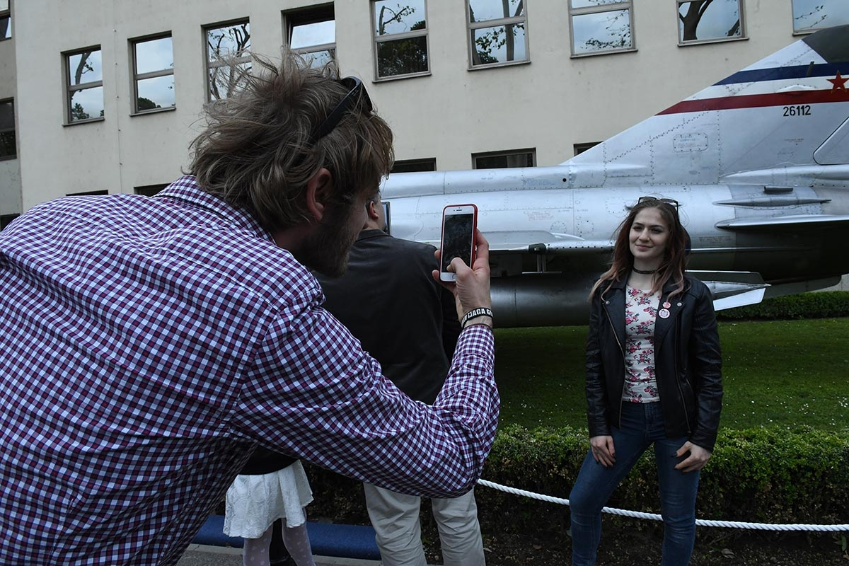 """Avion MiG-21 oznake """"26 112"""" kojim je junak Domovinskog rata, hrvatski pilot Rudolf Perešin u listopadu 1991. godine iz Bihaća preletio u Klagenfurt, vraćen je u Hrvatsku nakon 28 godina, 7. svibnja 2019. godine"""