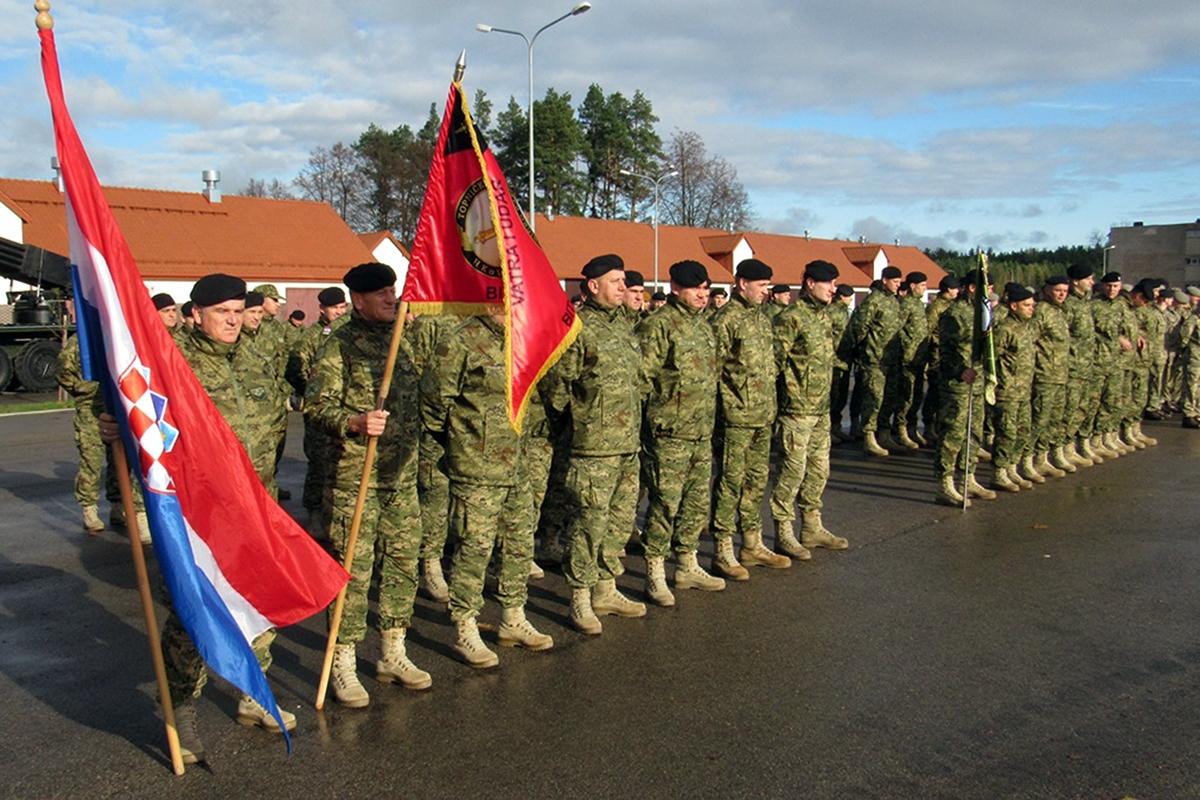 Primopredaja dužnosti 4. i 5. HRVCON-a u Poljskoj