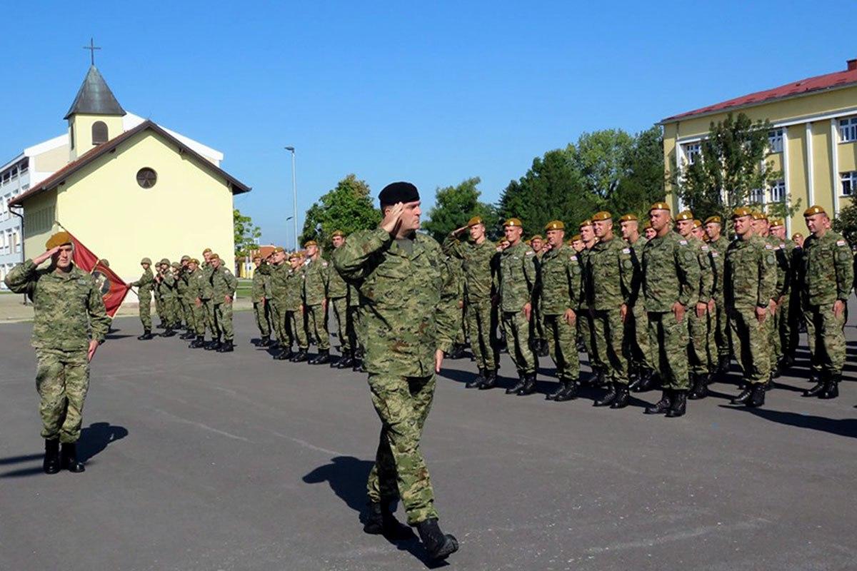 Primopredaja dužnosti zapovjednika 2. mehanizirane bojne Puma