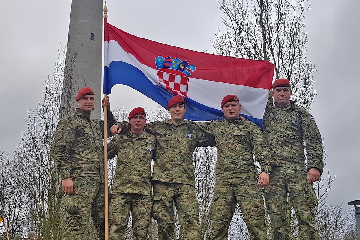 """Pripadnici 2. HRVCON-a eFPBG u Litvi na komemoracijskoj utrci """"Bloody Sunday"""""""