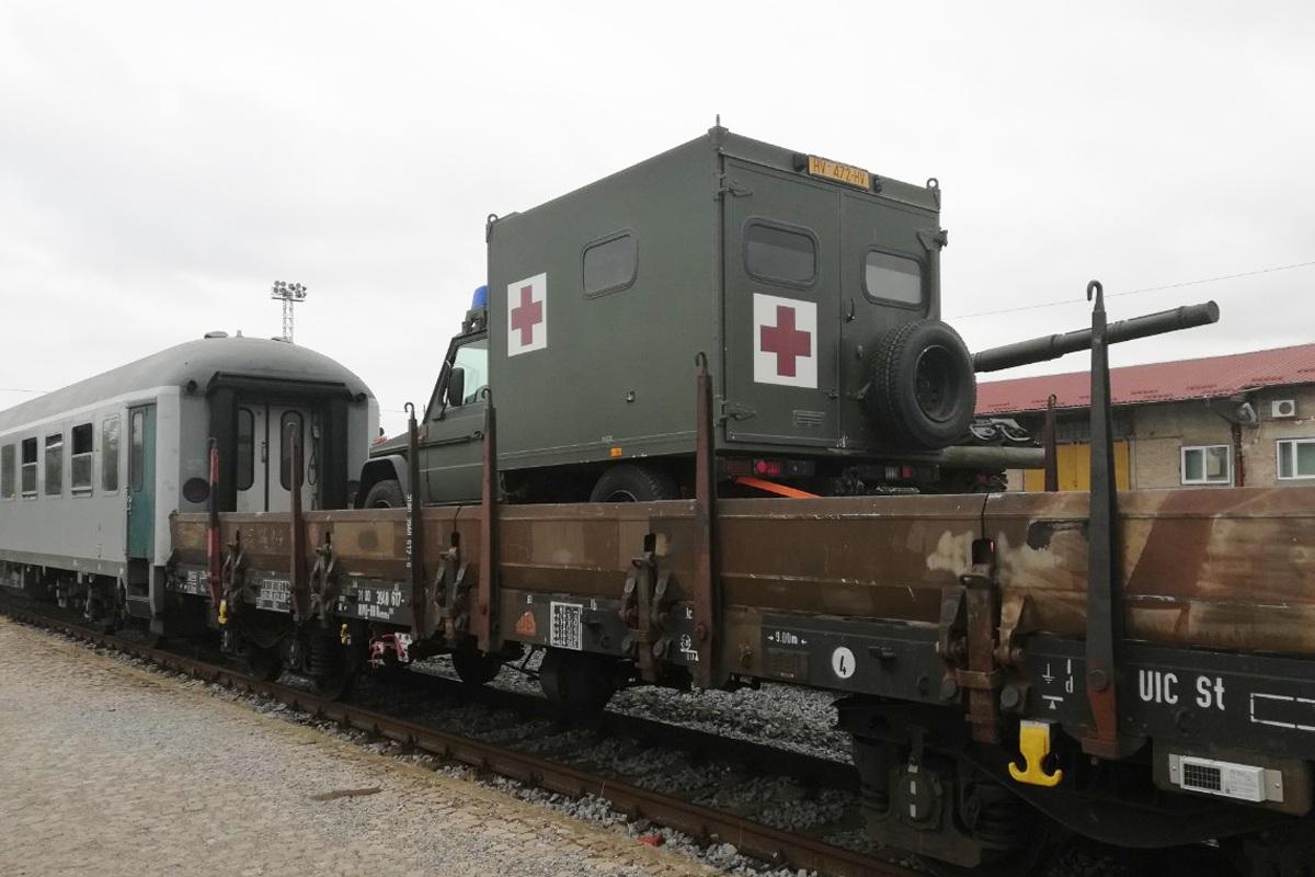Tenkovi vlakom upućeni na vojnu vježbu u Njemačku