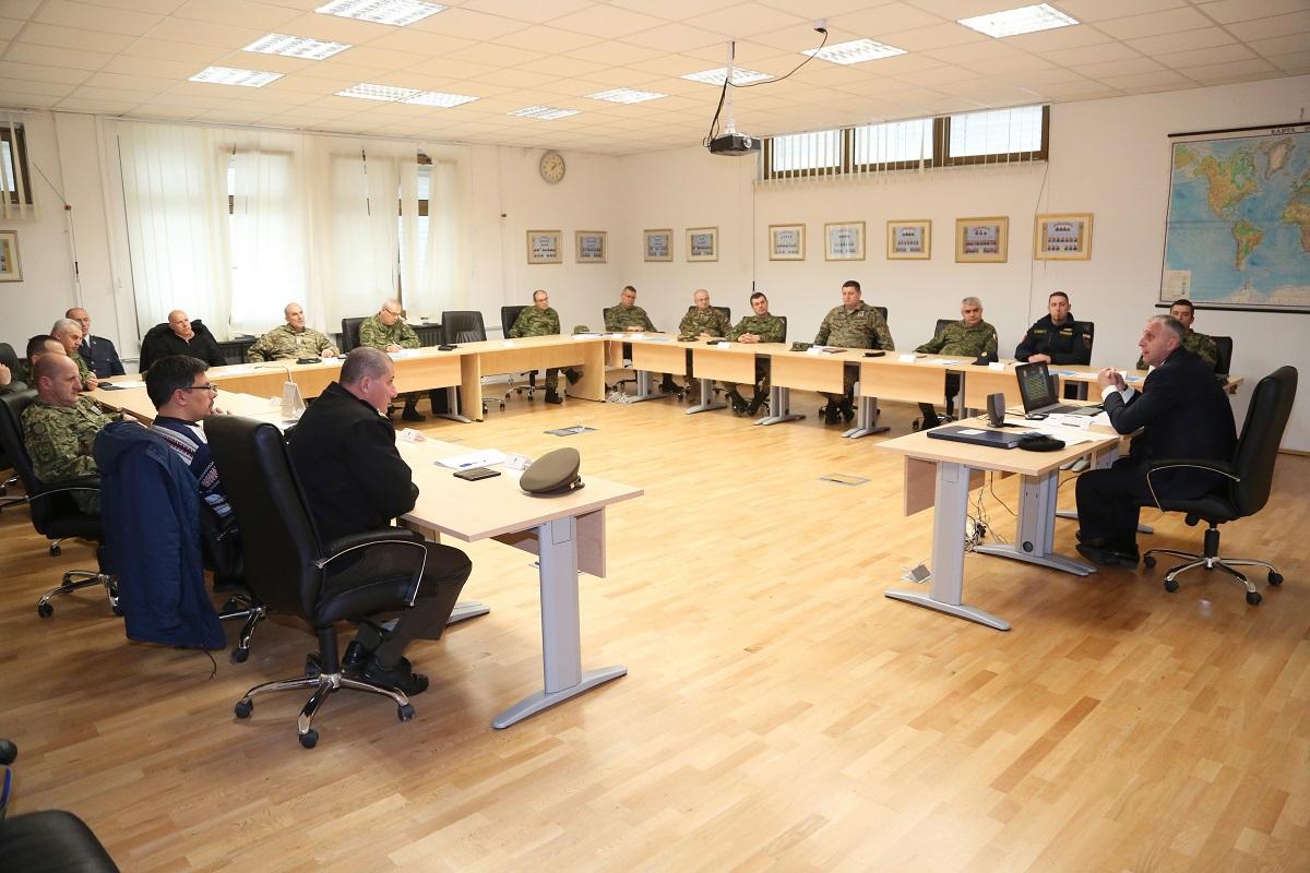 Vojni izaslanik Crne Gore u RH održao predavanje polaznicima Ratne škole | Foto: HVU / Ratna Škola
