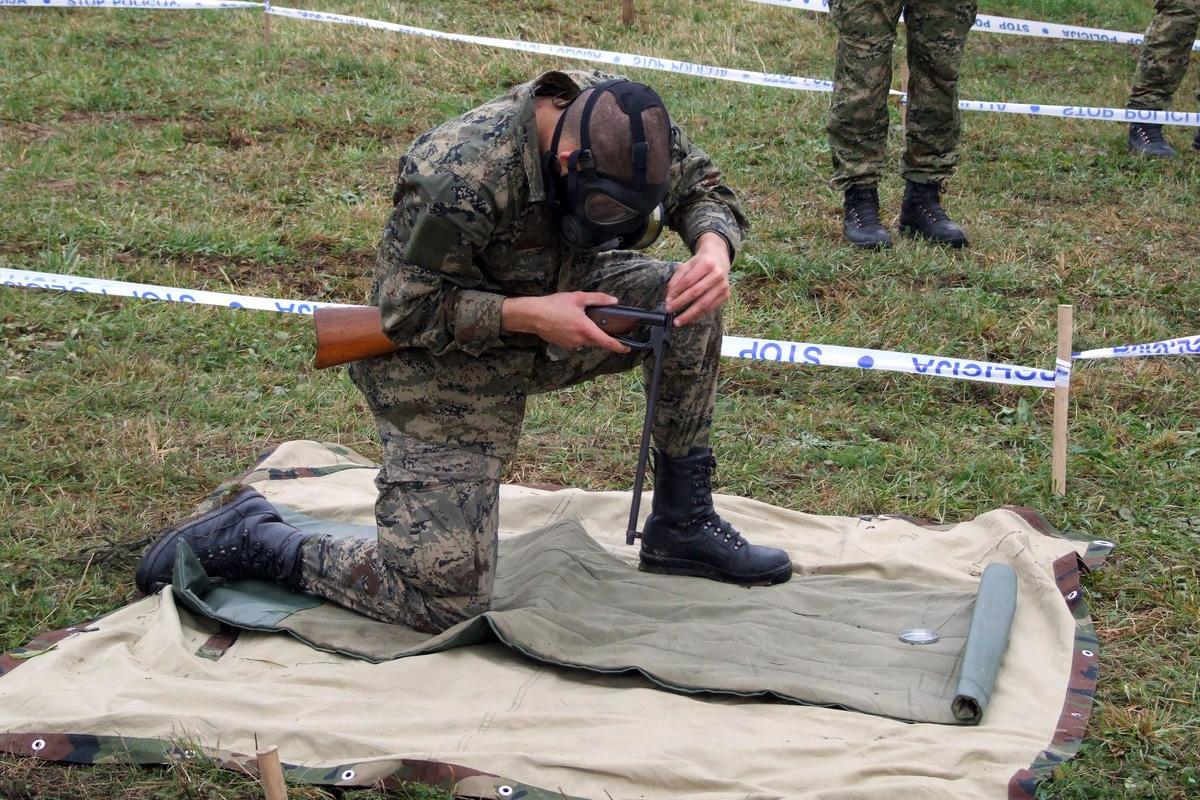 "U vojarni ""123. brigade HV"" u Požegi, u petak, 23. studenog 2018., obilježen je završetak obuke 23. naraštaja ročnika na dragovoljnom vojnom osposobljavanju. Obuka dragovoljnih ročnika započela je 28. rujna, a na obuku je prihvaćeno 344 ročnika. Obuku je završilo sveukupno 322 ročnika, od čega 48 ročnice.Opširnije na: www.morh.hr"