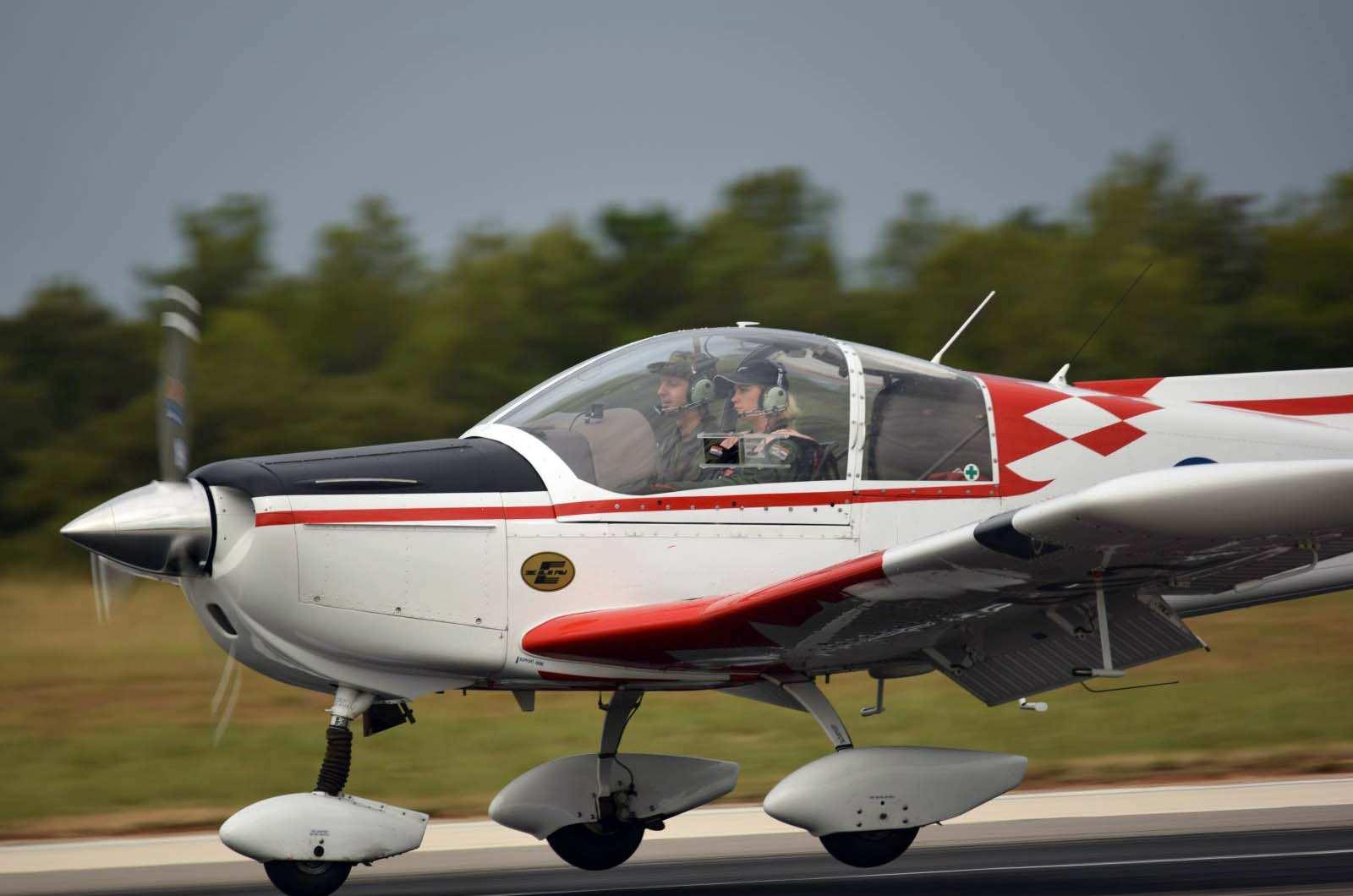 Završilo selekcijsko letenje za hrvatske vojne pilote