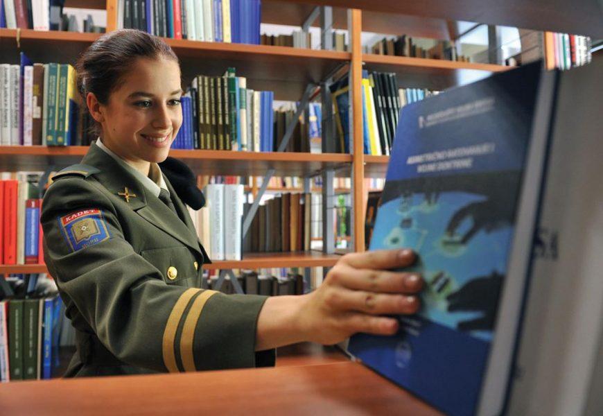 Knjižnica HVU