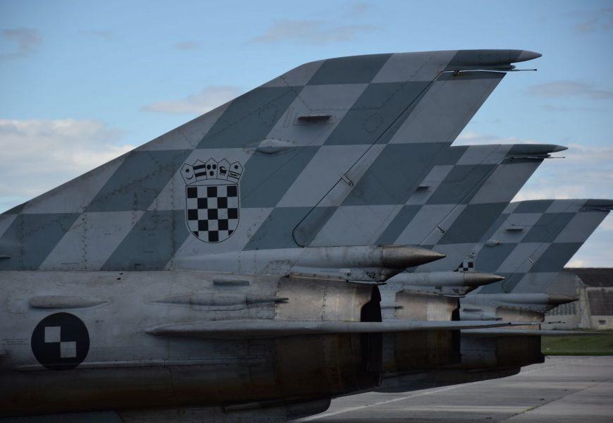 MiG-21 Redovite letačke aktivnosti