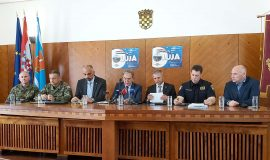 Konferencija za medije povodom obilježavanja VRO Oluja u Kninu