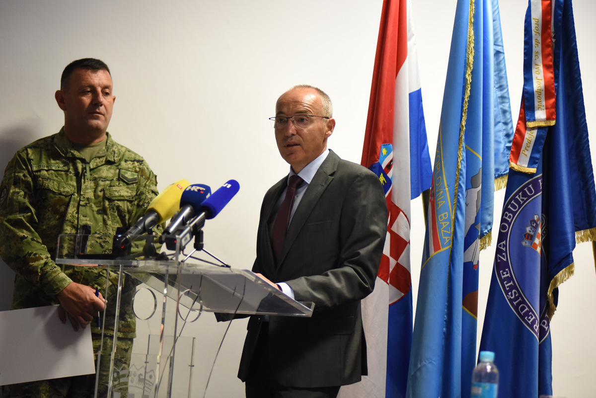"""pressica aeromiting zadar 23082019 08 - 1. hrvatski međunarodni vojnizrakoplovni miting """"CROIMAS 2020"""" održat će se u Zemuniku"""