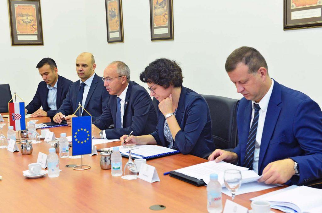 izvršni direktor EU obrambene agencije