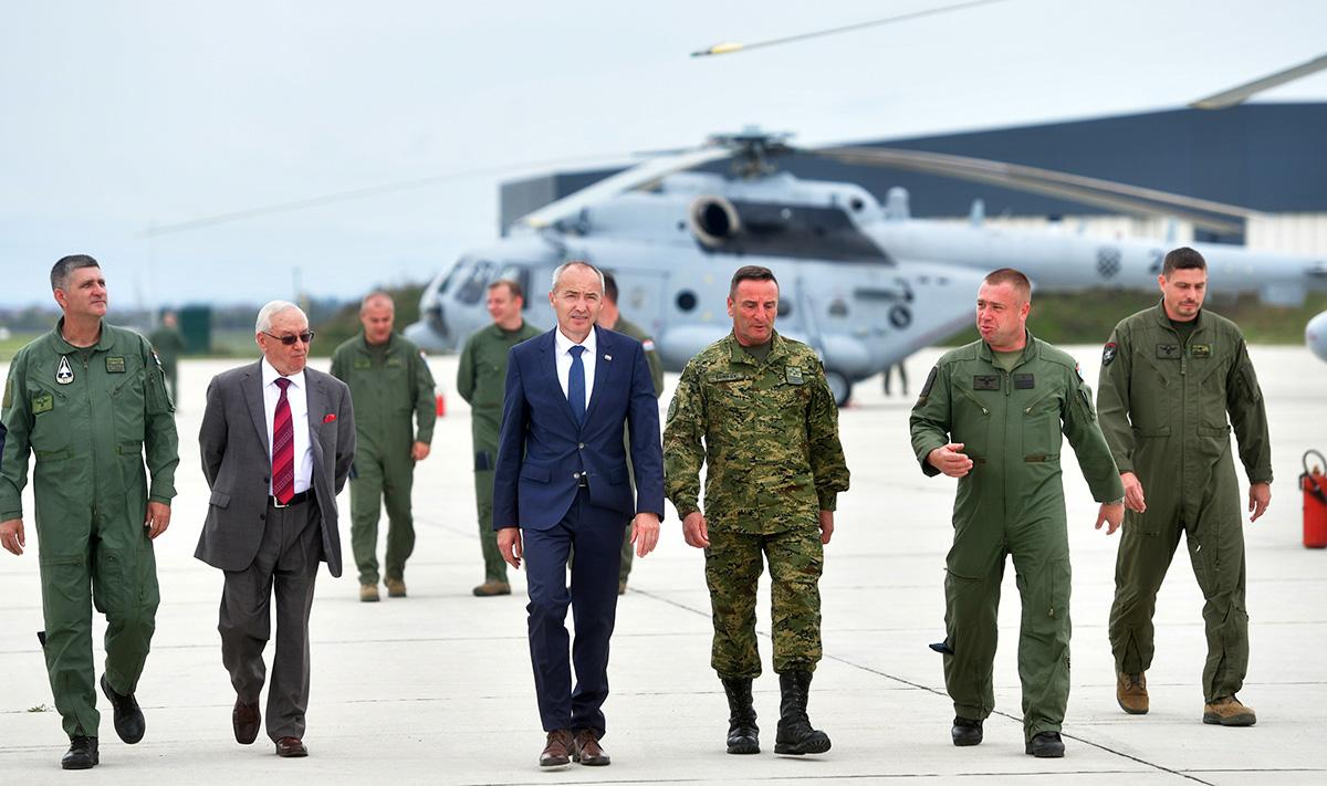 helikopter Mi-171 Sh