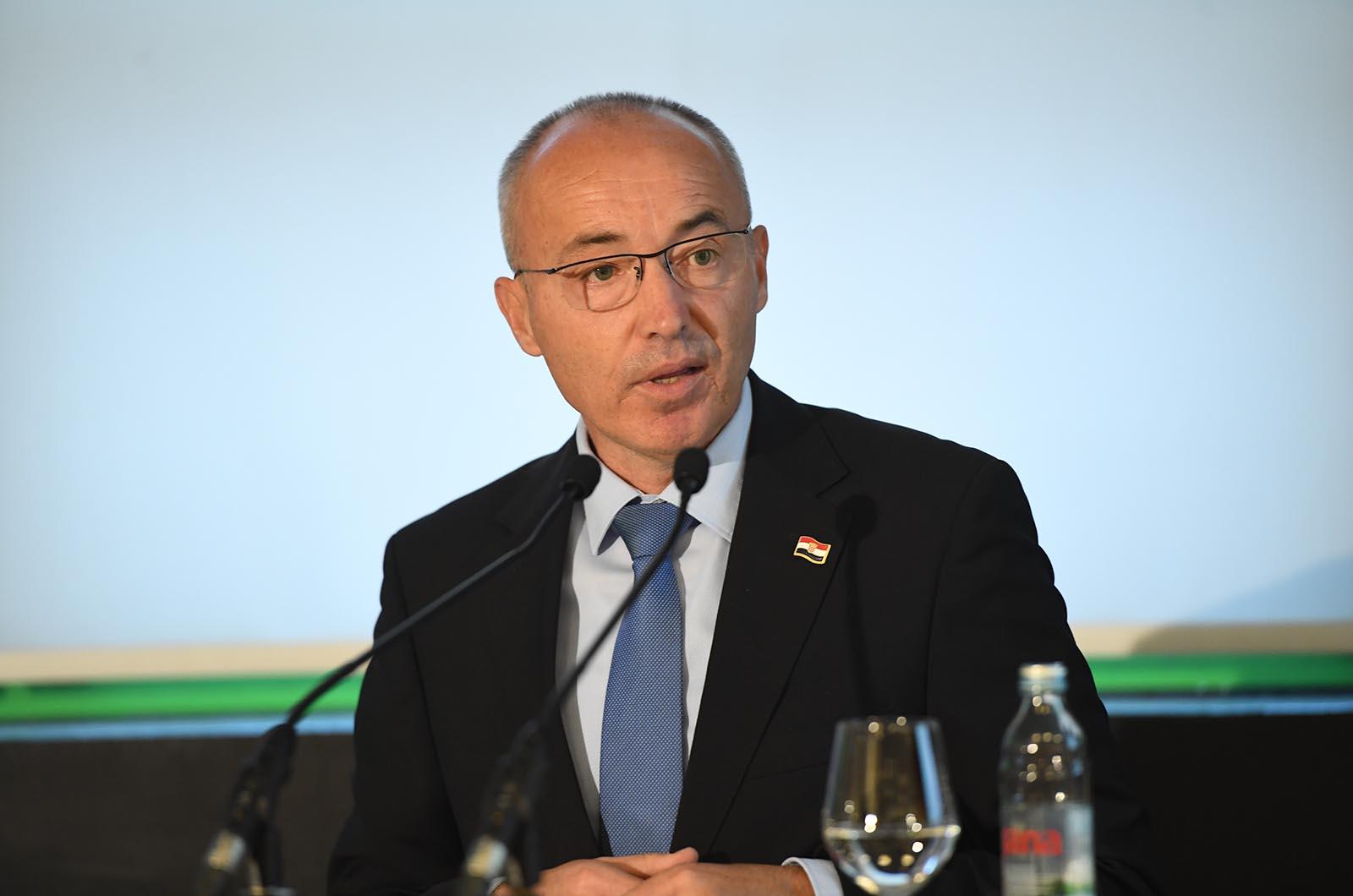 ministar obrane RH Damir Krstičević